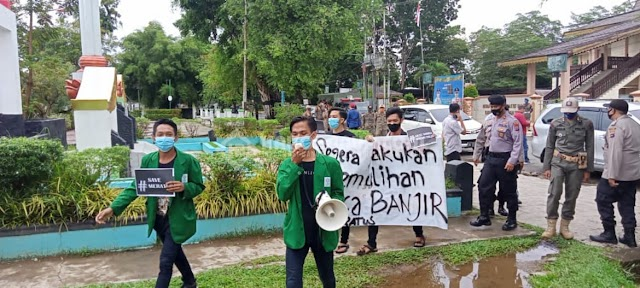 Mahasiswa Menuntut Pemulihan Pasca Banjir & Usut Tuntas Ilegal Logging di HST