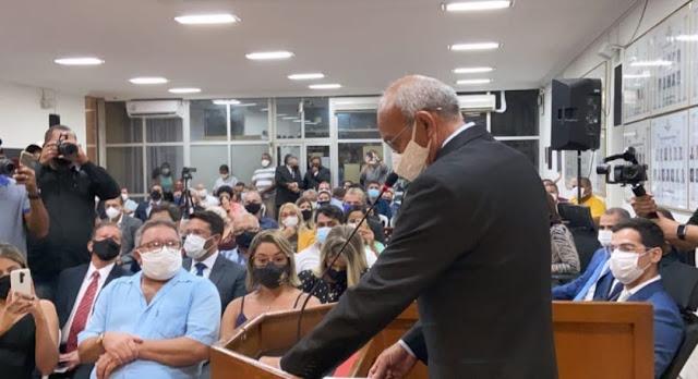 Eduardo Honório é empossado prefeito na câmara de Goiana