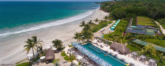 Soak up sun, surf, and local culture at W Punta de Mita beachfront resort, just 20 minutes from Sayulita and 10 minutes from Marina La Cruz. The Marietas Islands, a UNESCO MAB Biosphere Reserve, are just 25 minutes by boat and seaside villages famed for their crafts are also nearby.