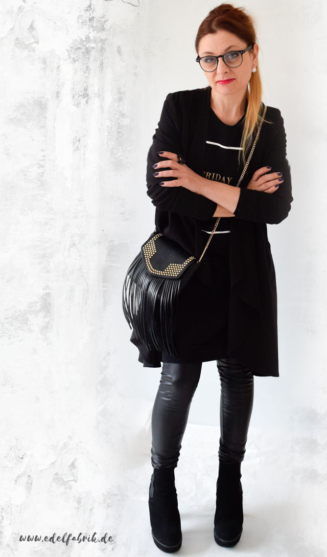 die Edelfabrik, Look, schwarzer Allover, Lederleggings, hohe Schuhe