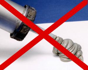 No usar siliconas ácidas sobre la madera