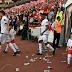 Des supporteurs d'Antalyaspor mécontents de Samuel Eto'o, le font savoir (Photos)