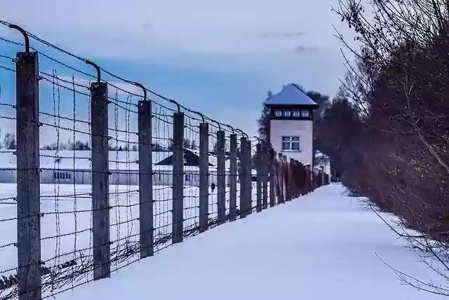 Nazi Base Antarctica,Nazis Base Found in Antarctica