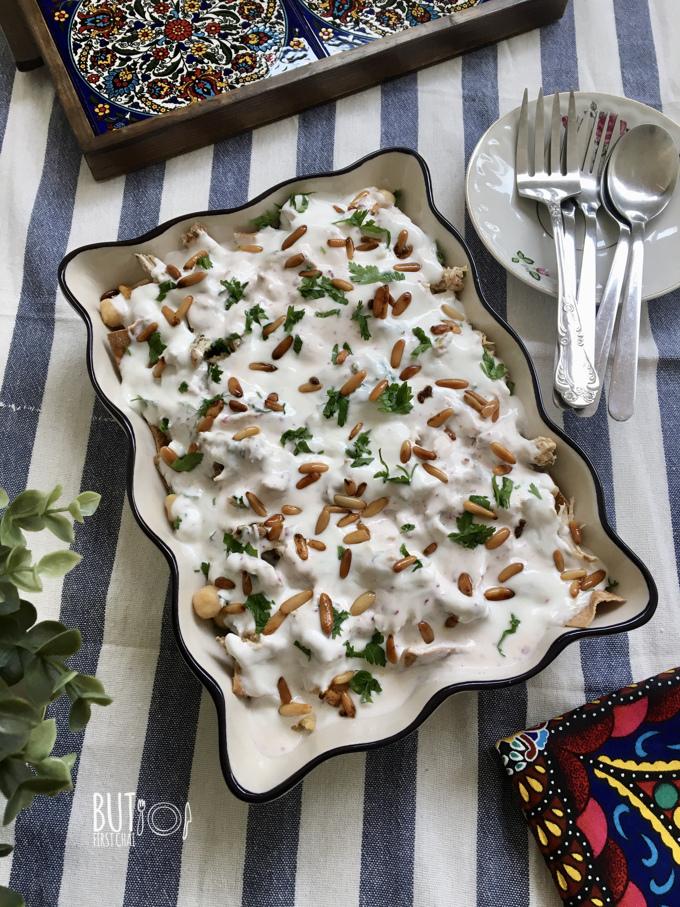 Fatteh Hummus with Chicken