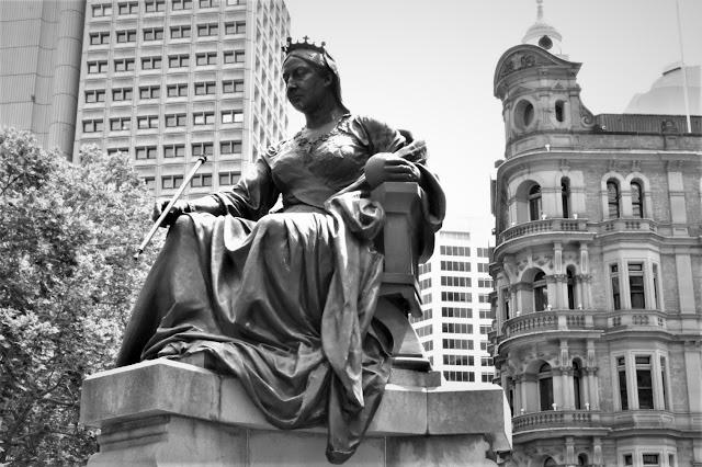 Sydney Public Art   Queen Victoria Sculpture by John Hughes