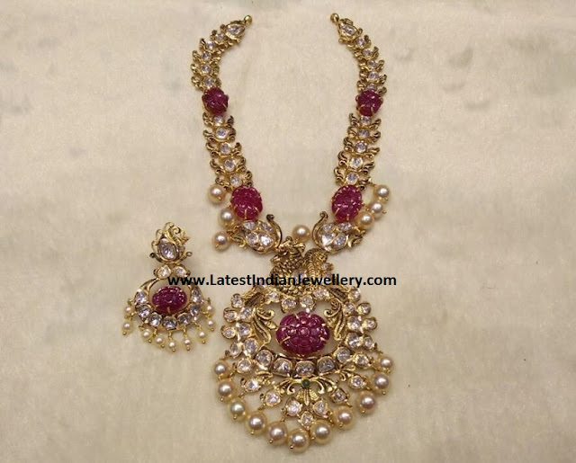 Pachi Necklace with Carved Rubies