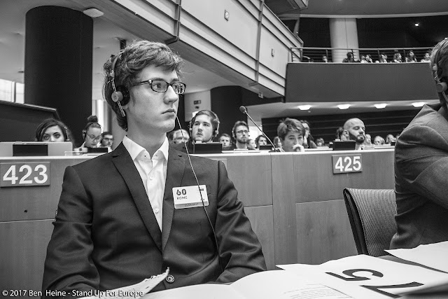 Stand Up For Europe - Students for Europe - Parlement européen - Photo par Ben Heine