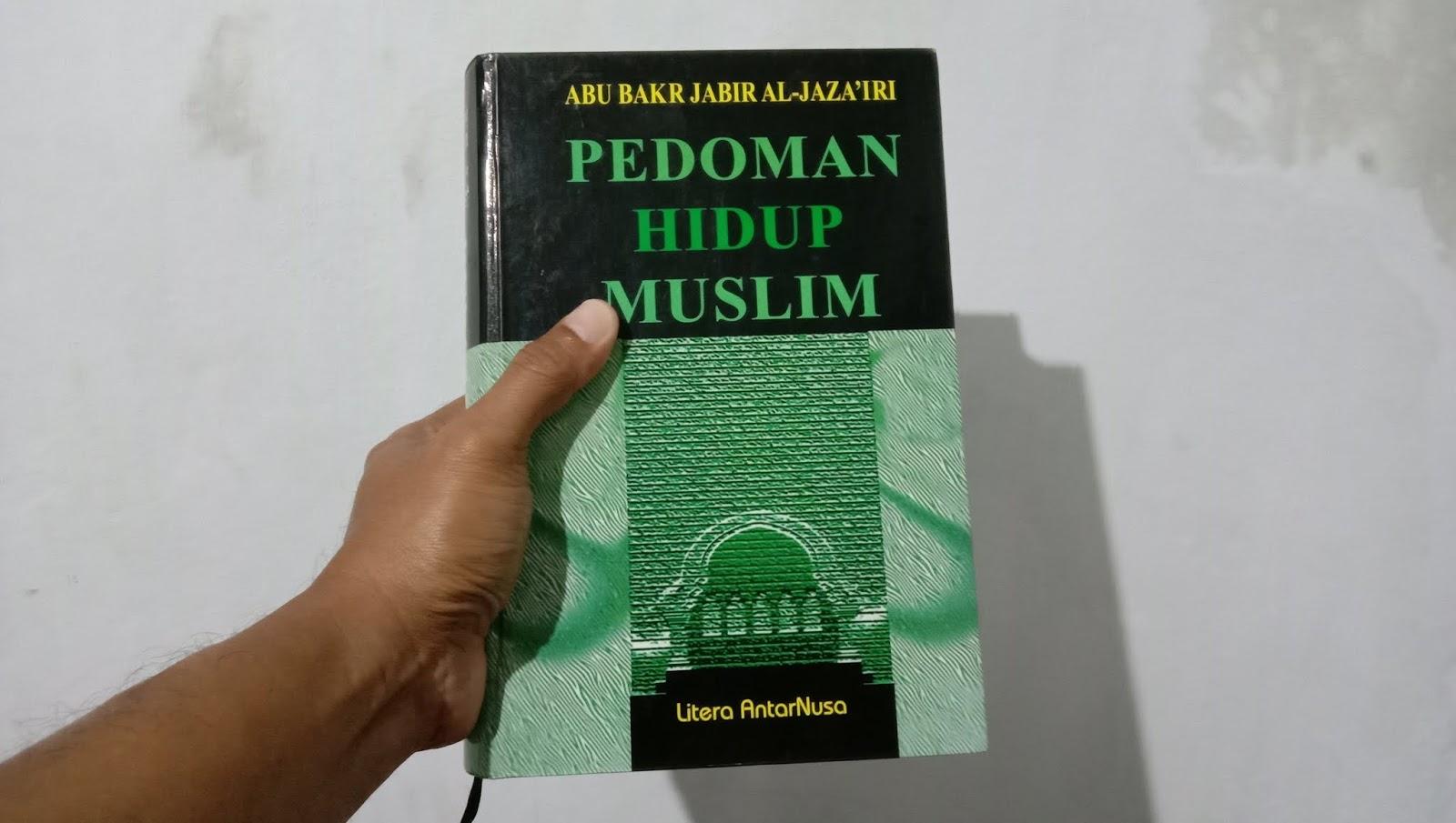 Buku Pedoman Hidup Muslim