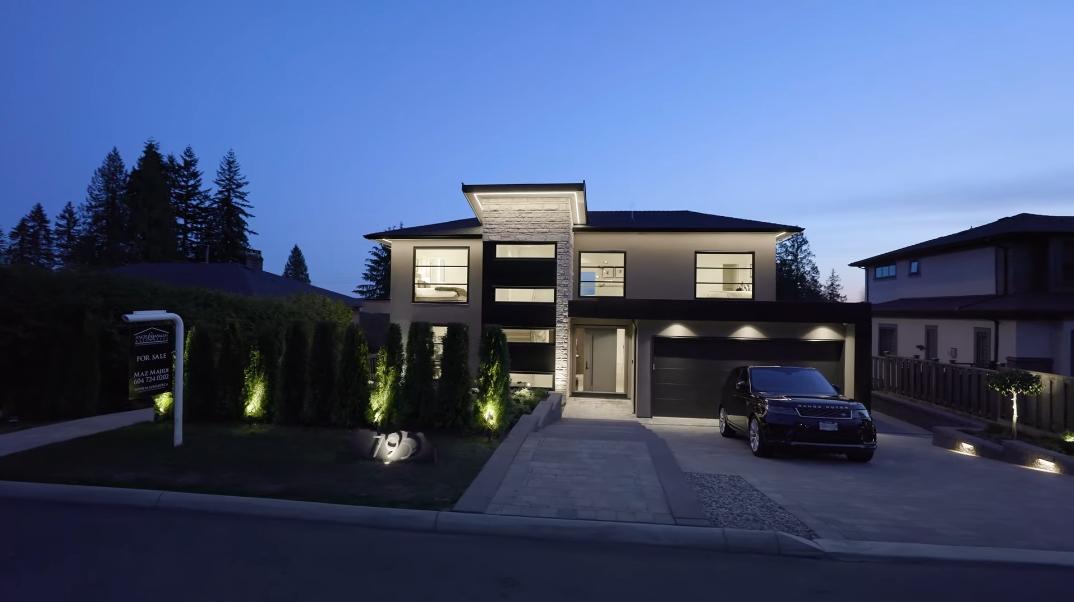 57 Interior Design Photos vs. 795 Donegal Pl, North Vancouver, BC Luxury Contemporary House Tour