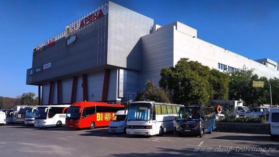 Общий вид автовокзала Варны