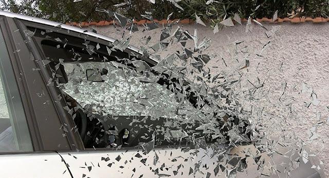 بالفيديو.. تصادم عشرات السيارات في حادث سير في أمريكا