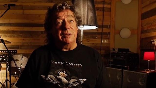 "Dennis Stratton: ""Esse jeito de tocar do Iron Maiden foi ideia minha"""