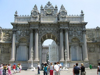 Tempat wisata terkenal di Turki istambul Istanbul istana Dolmabahce Palace