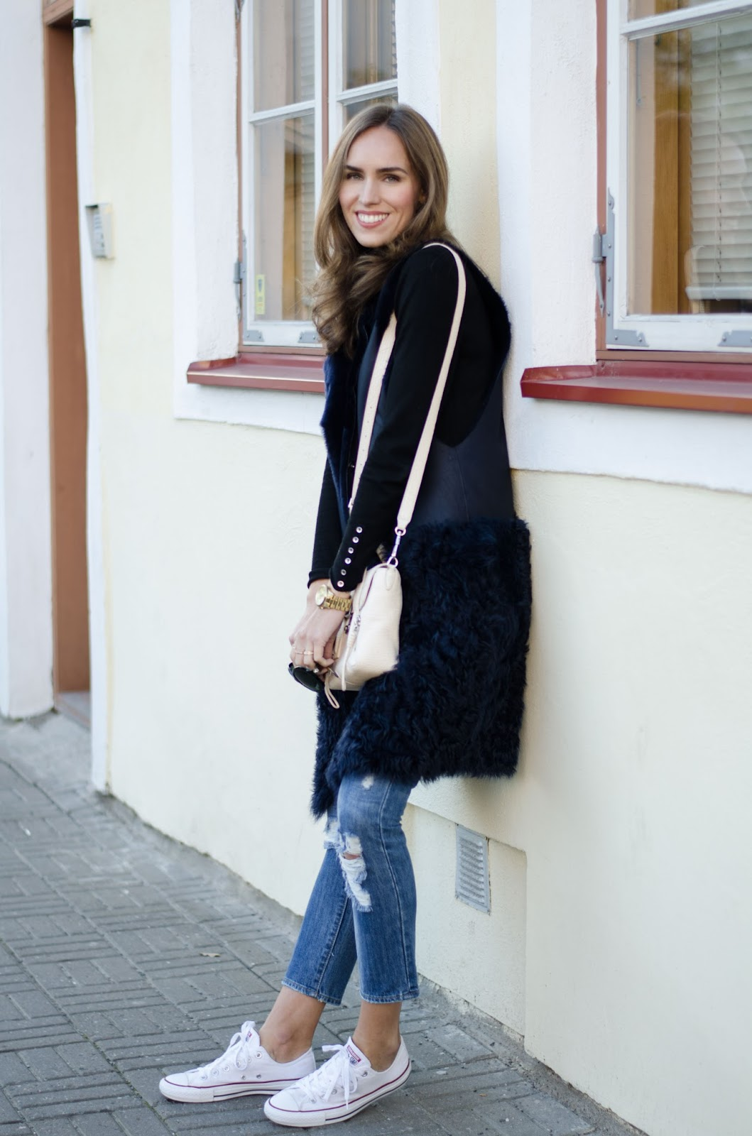 shearling vest fall outfit