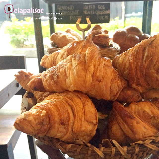 Plain Croissant from Wildflour Café + Bakery