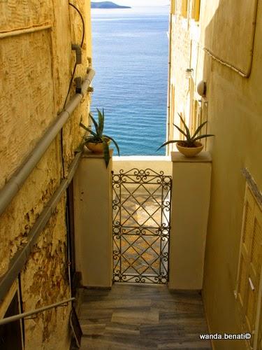 Ermoupolis, abitazione con accesso al mare
