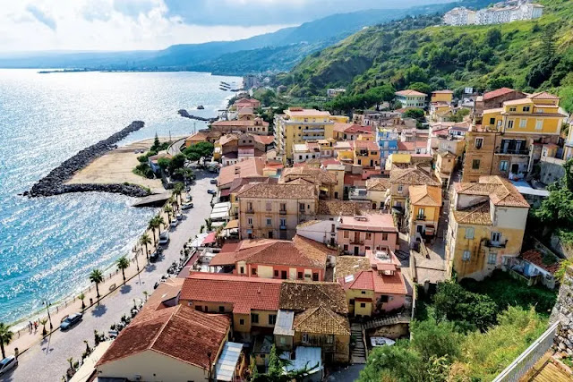 3. Calabria Regions of Italy
