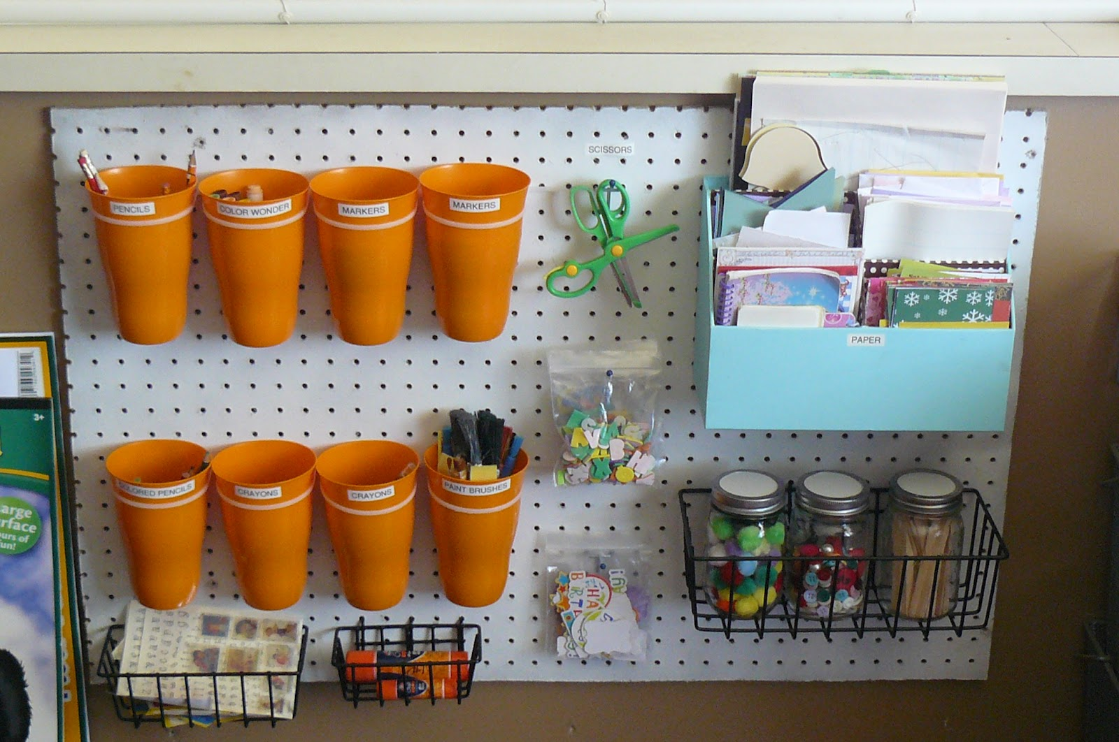 Do It Yourself Art: Small Fry & Co. : Do It Yourself Art Center For Kids