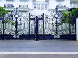 Model Pintu Gerbang Klasik Jakarta