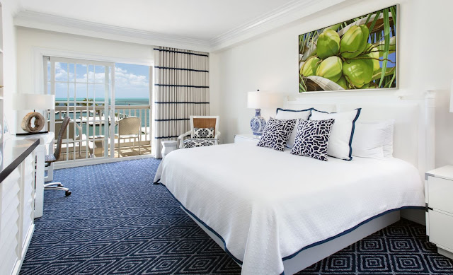 Oceans Edge Resort & Marina is a luxury resort in Key West, FL, featuring full ocean views, 6 stunning pools, and waterside dining.