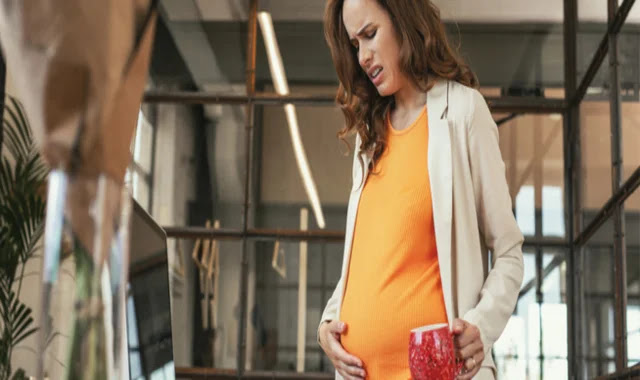 Pelvic pain when pregnant in the ninth month