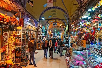 Keberagaman Produk Yang Dijual Di Grand Bazaar