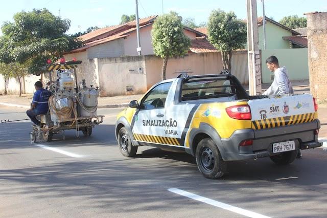 Senador Canedo: Revitalização da sinalização de trânsito está sendo realizada na cidade