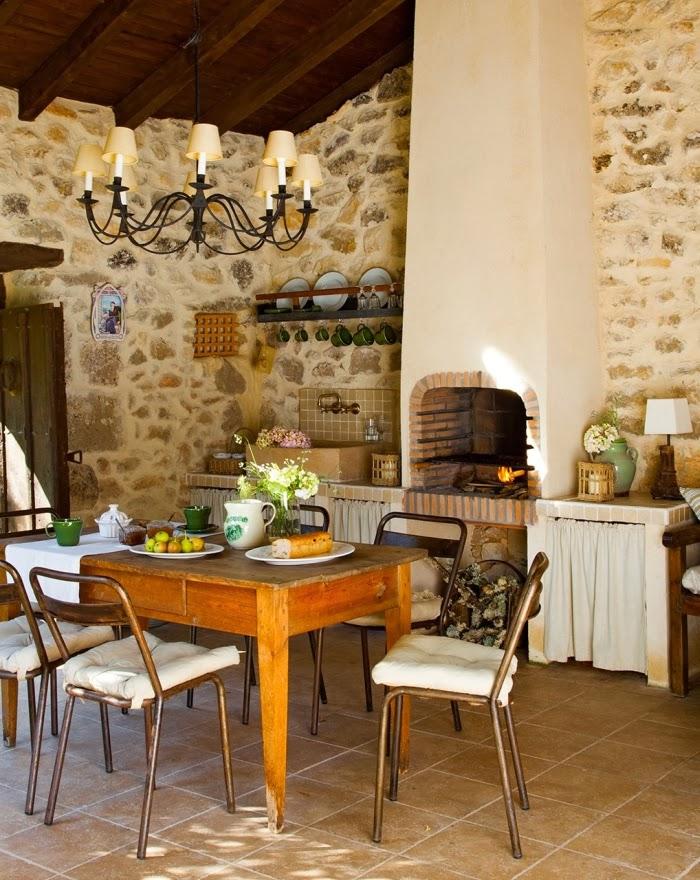 Cudowny, rustykalny dom w dawnej szkole, wystrój wnętrz, wnętrza, urządzanie domu, dekoracje wnętrz, aranżacja wnętrz, inspiracje wnętrz,interior design , dom i wnętrze, aranżacja mieszkania, modne wnętrza, stary dom, dom po remoncie, styl rustykalny, kamienne mury,