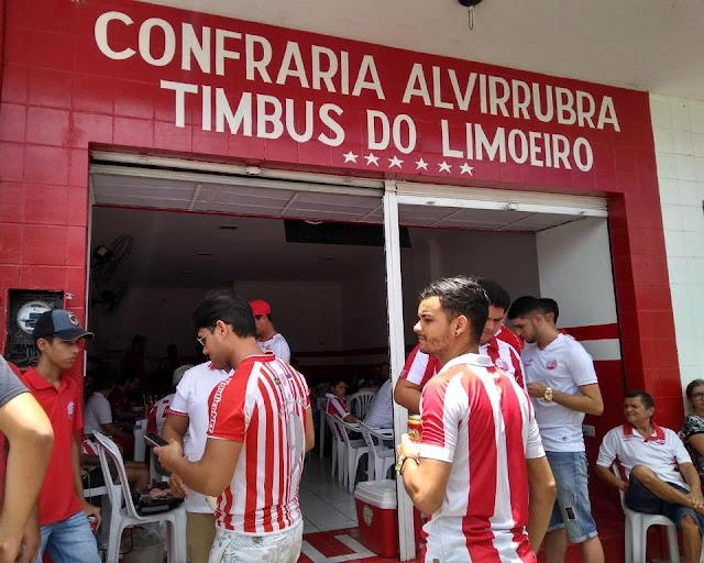 Confraria Alvirrubra Timbus de Limoeiro é inaugurada na Princesa do Capibaribe