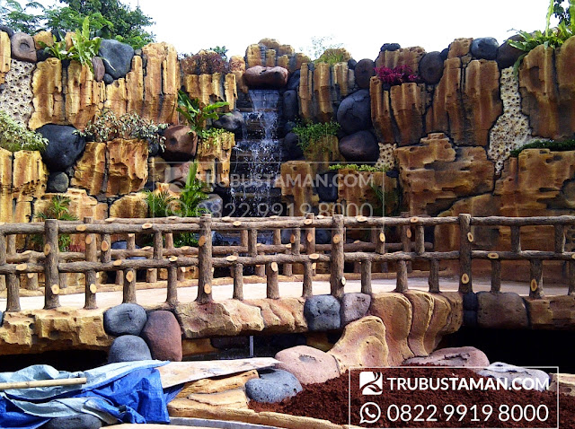 taman relief dekorasi air terjun