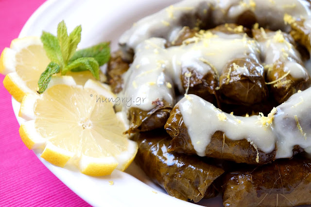 Stuffed Vine Leaves with Minsed Meat and Tomato