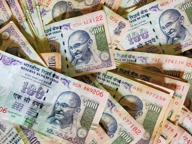 RBI in mood to ban old currency notes again - YP Buzz