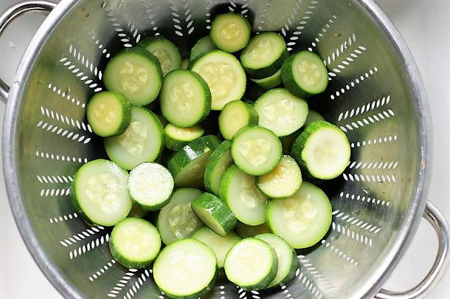 Draining Zucchini for Freezing Image
