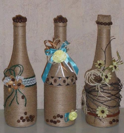 13 ideas hermosas para decorar botellas con cord n de for Ideas para decorar botellas