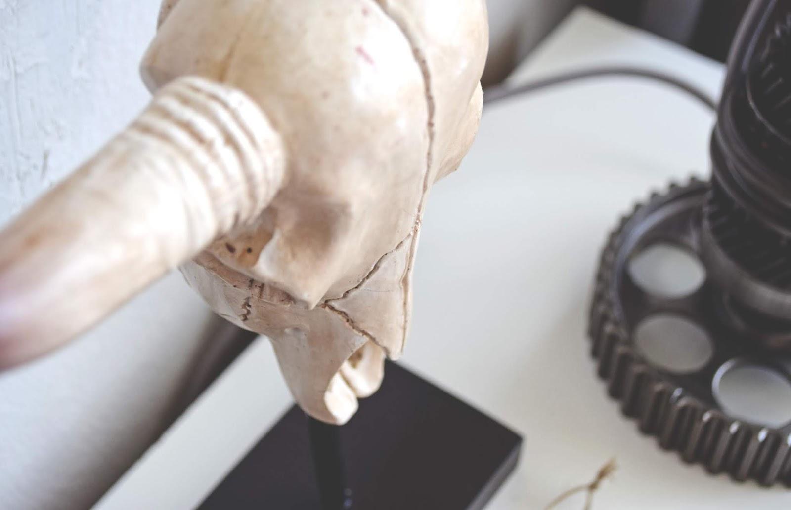 Lampa dla mechanika