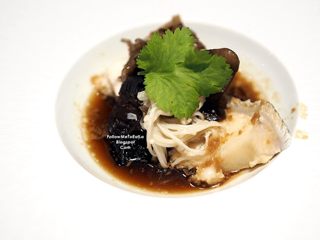 Wan Chun Ting Menu - Steamed Giant Grouper with Golden Mushroom and Black Fungus