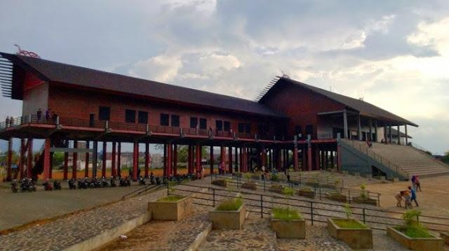 Obyek Wisata Dan Destinasi Populer Kalimantan Barat, Pontianak