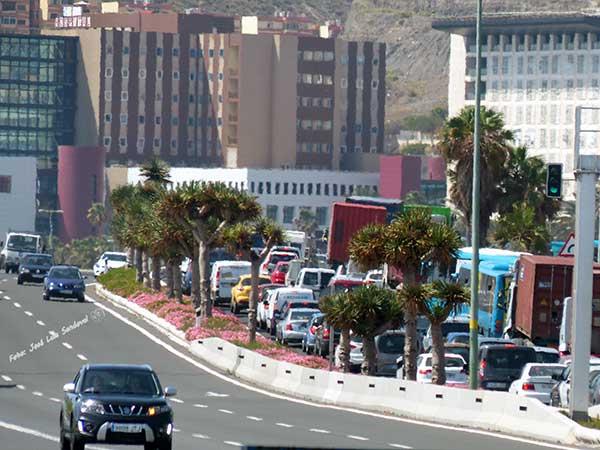Fotos: accidente con once heridos leves entre guagua y camión hoya la plata, avenida maritima fotografo jose luis sandoval