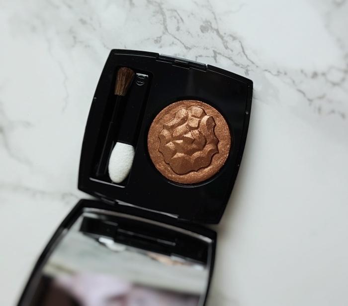 Chanel Ombre Première Longwear Powder Eyeshadow 907 Cuivre Lamé