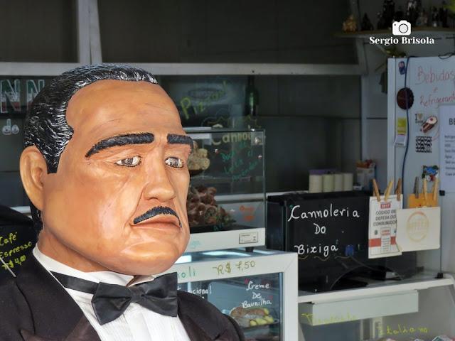 """Fotocomposição com o """"protagonista"""" Don Vito Corleone e a Cannoleria Cannoli do Bixiga - Bela Vista - São Paulo"""