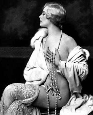 Vivian Porter Nude