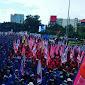 Penampakan Ribuan Buruh Sumatera Selatan Saat Demo Bubarkan Omnibus Law