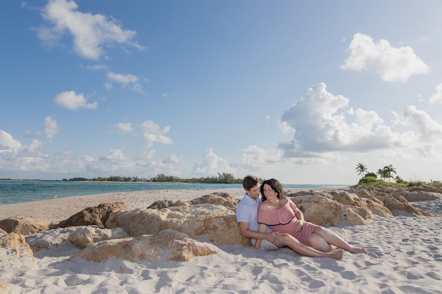 South Seas Island Resort Maternity Pictures