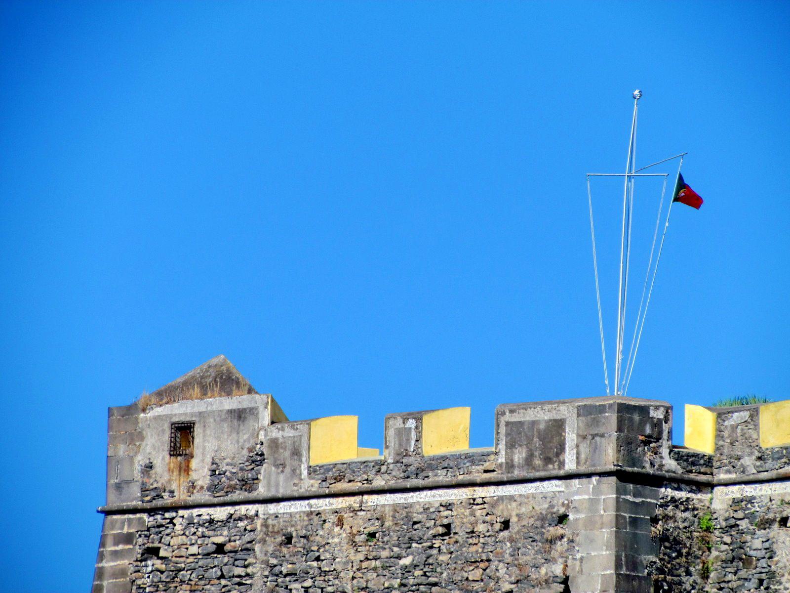 Fortaleza do Pico detail without Madeira flag