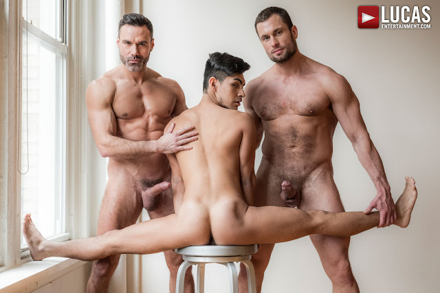 Lucas Entertainment - MANUEL SKYE AND STAS LANDON SHARE AARON PEREZ'S ASS