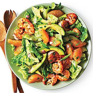 Greyfurt ve avokado salatası