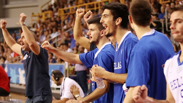Με εντυπωσιακό Κόνιαρη η Ελλάδα στον τελικό