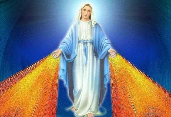 Божествената Майка