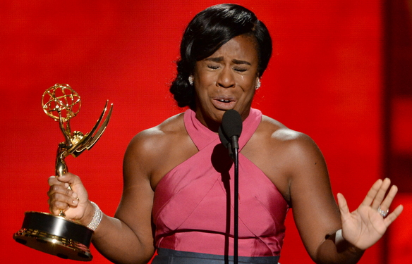 uzo aduba wins 2015 emmy awards