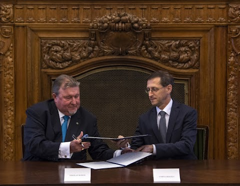 Varga Mihály: tovább erősödik Budapest pénzügyi központ szerepe